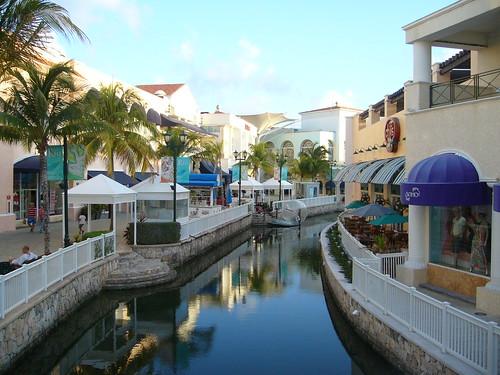 Centro comercial la isla canc n el centro comercial la - Centre comercial la illa ...
