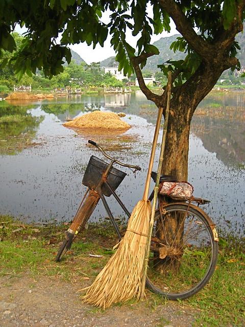 Ninh Binh, near the temples