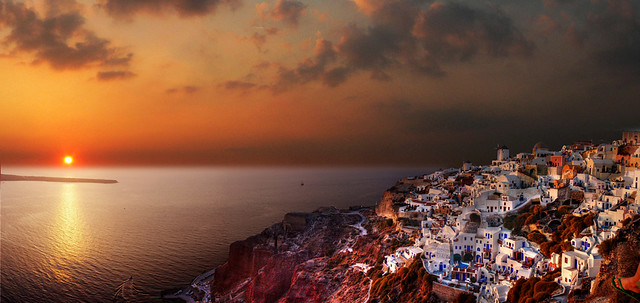 Oia, Santorin Island, Greece