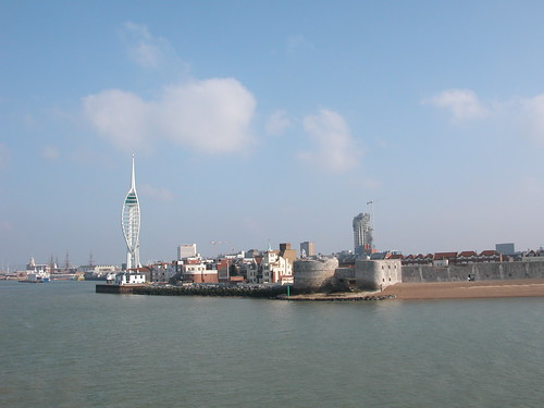 Spinnaker Tower and Round Tower | by Hexagoneye Photography