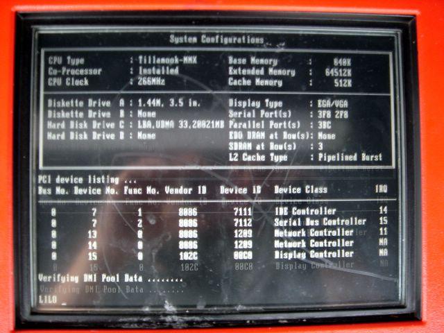 Bootscreen eines SBB Billettautomat