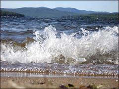 Lake-Waves