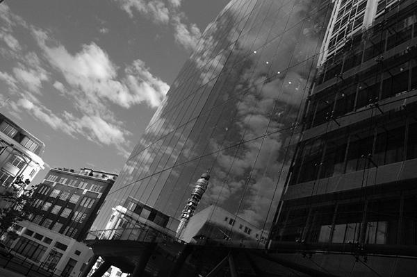 Blog080805-London-Aug2005-124-B&W