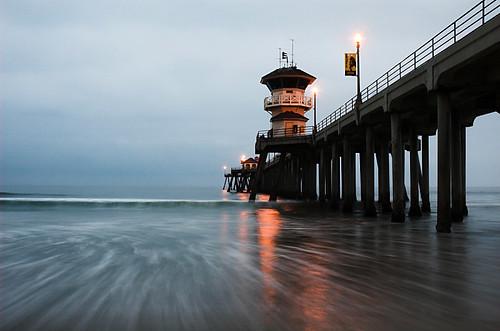 ocean california beach sunrise pier pacific 1870mmf3545g huntingtonbeach lightproofboxcom