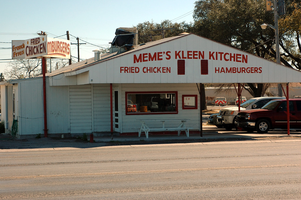 Meme S Kleen Kitchen One Of Two Meme S Restaruarants In De Flickr