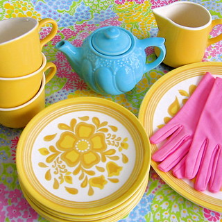 Vintage Yellow Dishware Set | by Picnic by Ellie