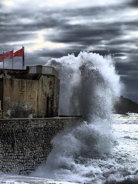 Ones gegants / Olas gigantes / Giant waves
