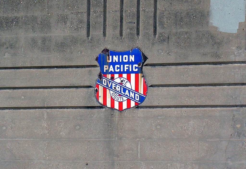 Union Pacific sign | Old Union Pacific sign on the south sid