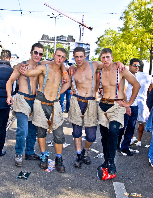 Zurich Street Parade 2007 ....Come and join us !