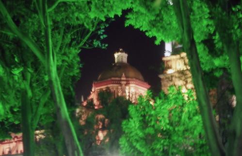 Zócalo y Cúpula de la Catedral de Puebla.