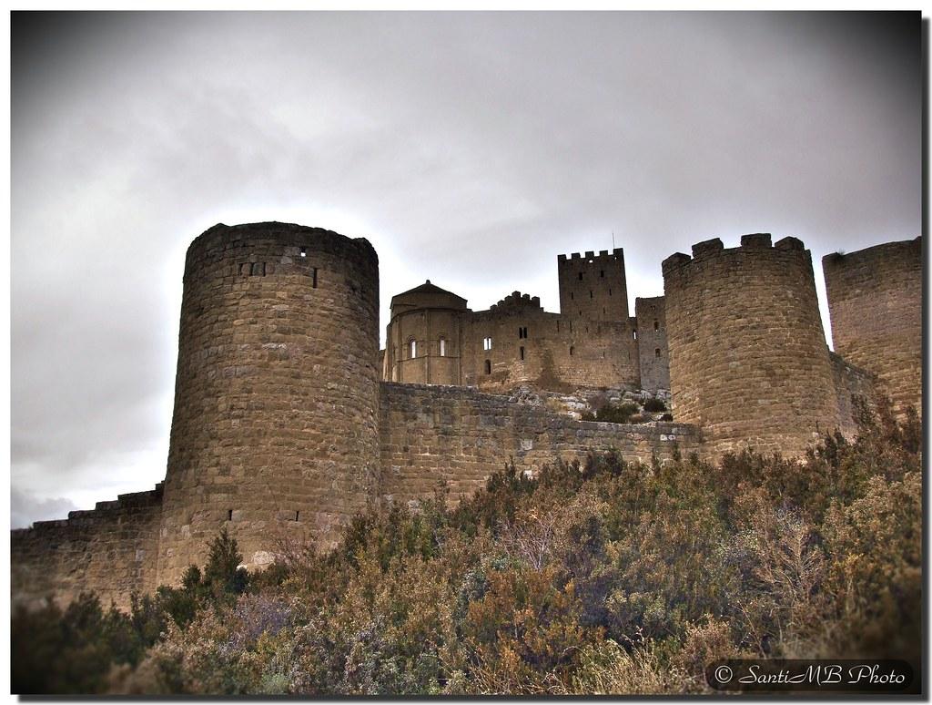 Loarre castle / Castillo de Loarre (II) by SantiMB.Photos