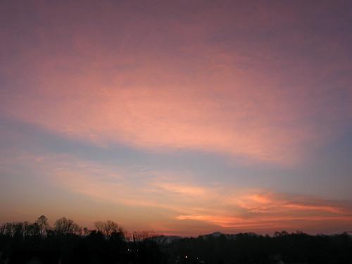 morning sky sun sunrise landscape dawn northcarolina marion daybreak morningsky firstlight tadsunrise marionsunrise dailysunrise sunrisedaily
