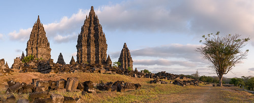 panorama indonesia landscape temple java unesco yogyakarta hindu hinduism landschaft unescoworldheritage myth indonesien tempel prambanan