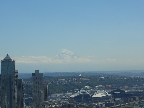 A view of Mount Rainier from the Space Needle | by neighborhoods.org