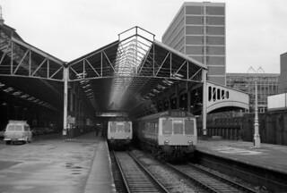 London Marylebone 31st December 1975   by loose_grip_99