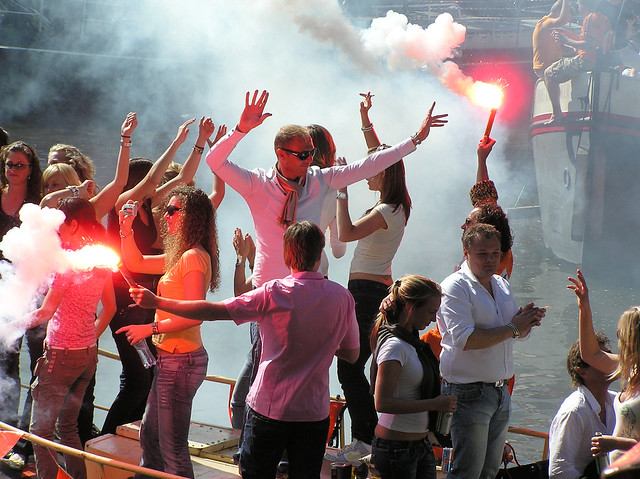 Queen's day party on the canals of Amsterdam!