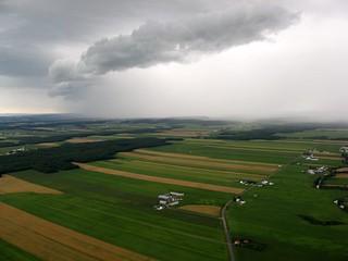 Pluie sur les basses-terres du St-Laurent - Rain over St-Lawrence Lowland