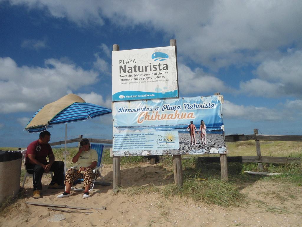 Playa Naturista Chihuahua/Chihuahua Naturist Beach, Portez