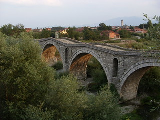 Alte Brücke über den Erenik