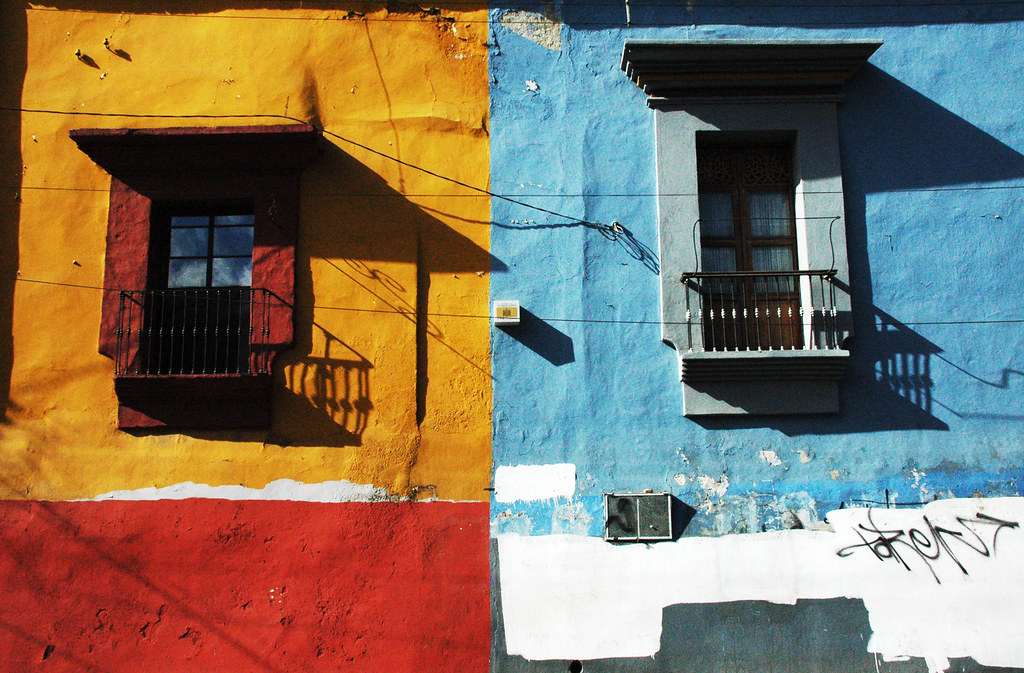 Oaxaca (Mexico) - Colourful Houses