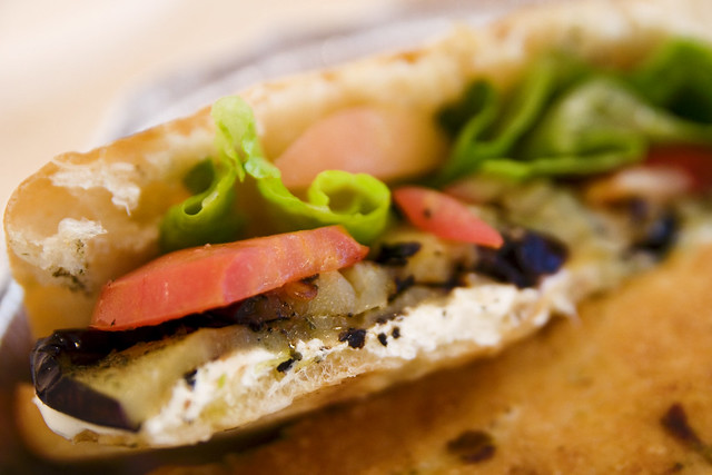 grilled eggplant and mozz sammich innards