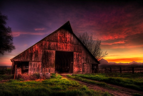 sunset mountains clouds barn rural scenery farm hdr sutterbuttes ruralcalifornia 105yearsold