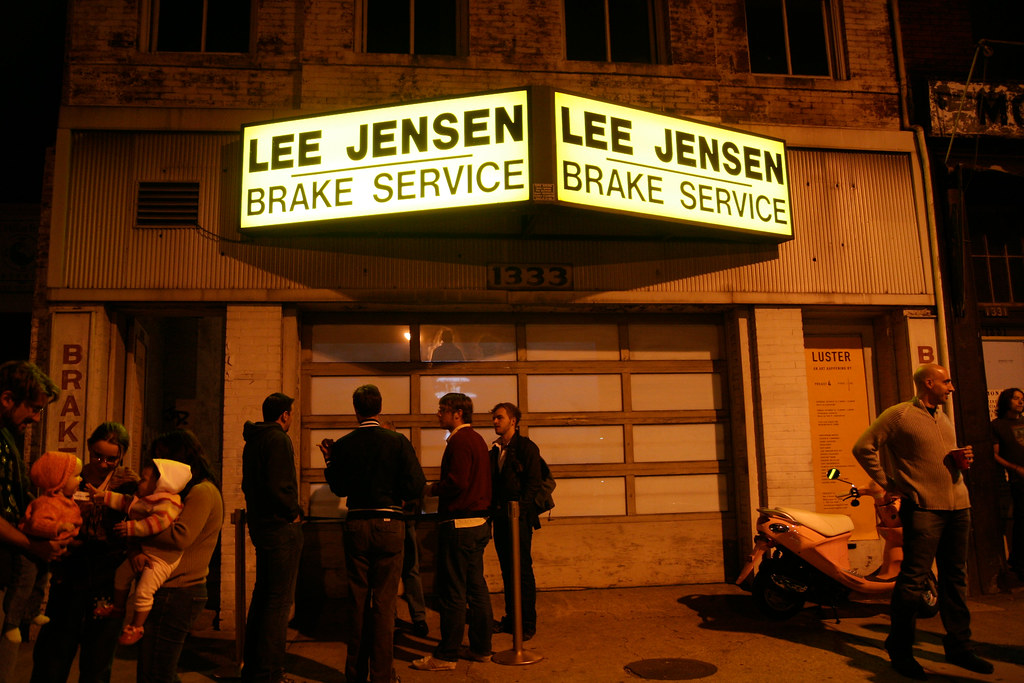 Lee Jensen Brake Service, temporarily an art gallery