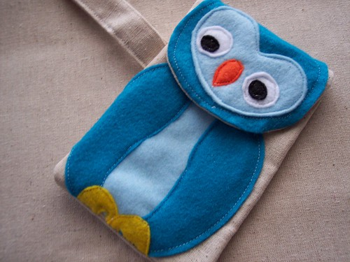Mia the tweet camera case