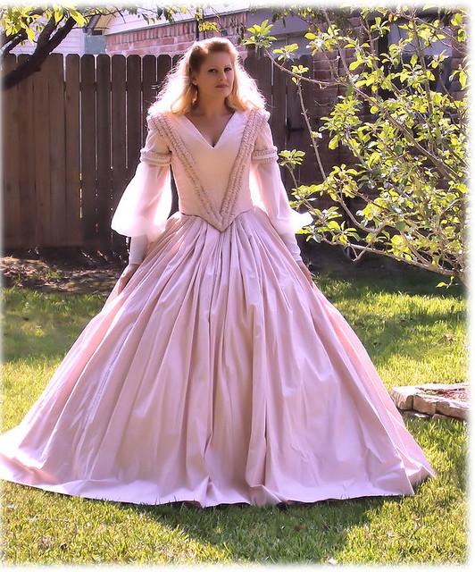 North & South Madaline ridding dress