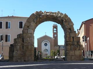 Rimini, Porta Montanara   by ubriacadistelle