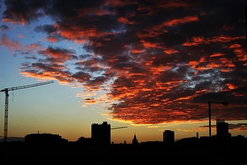 from new sunset geotagged manchester canon20d over taken islington geo:lat=53484483 geo:lon=2222886