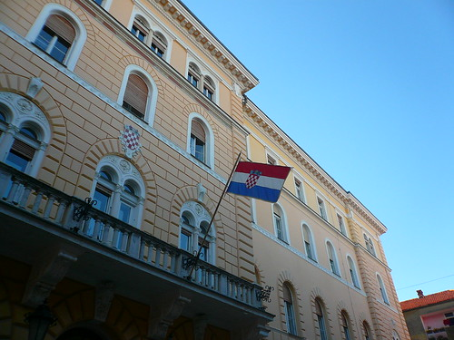 Trip to Croatia-Day 2-Zadar-City tour-Croatian flag | by cocoinzenl