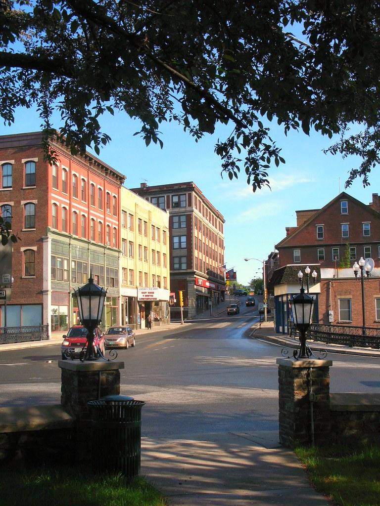 City - Brattleboro Vt - No Parking On Main St 1941