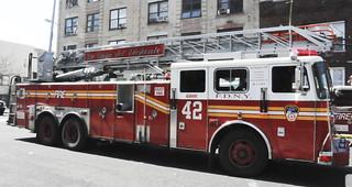 """FDNY Ladder 42 """"La Casa Del Elephante"""""""