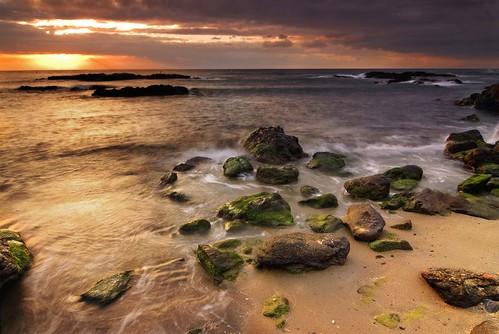 sea españa costa seascape marina sunrise landscape geotagged mar spain bravo rocks paisaje cuellar amanecer shore almeria soe rocas villaricos outstandingshots colorphotoaward aplusphoto geo:lat=37244678 geo:lon=1773691