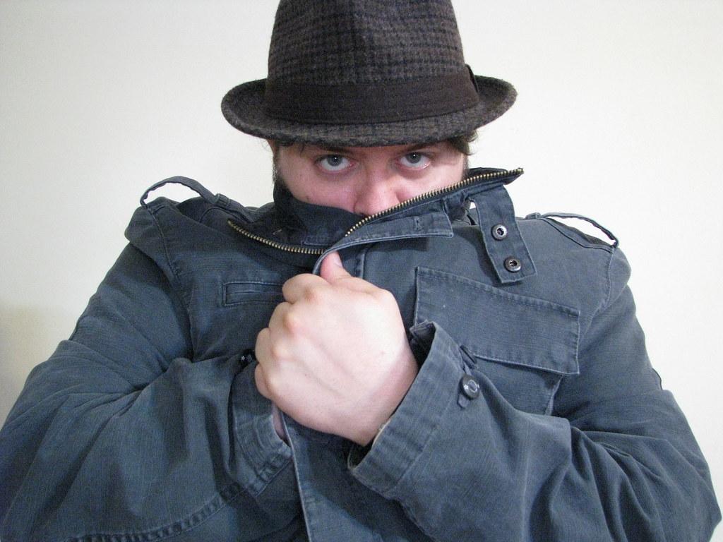 I feel like a secret detective, par binkle_28, sous CCBY-SA2.0