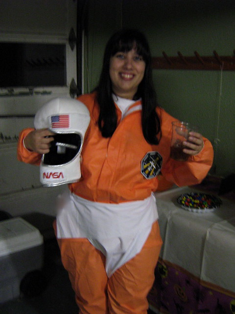 woman astronaut in diaper - 480×640