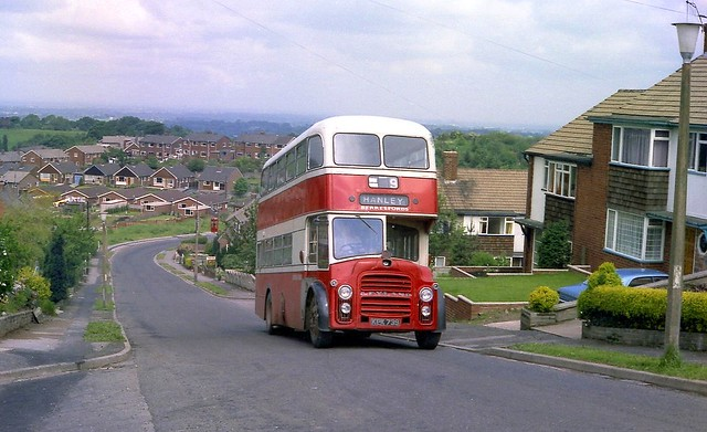 Berresfords Leyland Titan PD2a Massey, KEK 739.