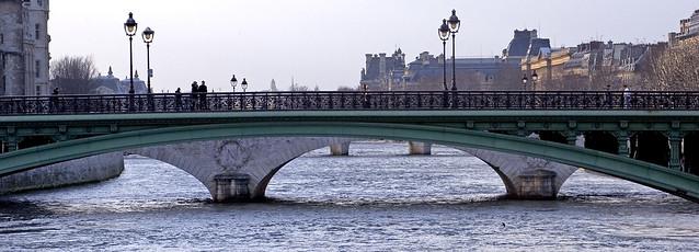Rita Crane Photography:  Pont Notre Dame, Paris ~  France  / Louvre / bridge / river / La Seine / people
