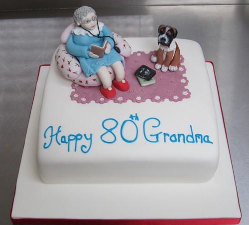 Enjoyable Grandma We Love You Cake Grandma 80Th Birthday Cake She Flickr Personalised Birthday Cards Bromeletsinfo