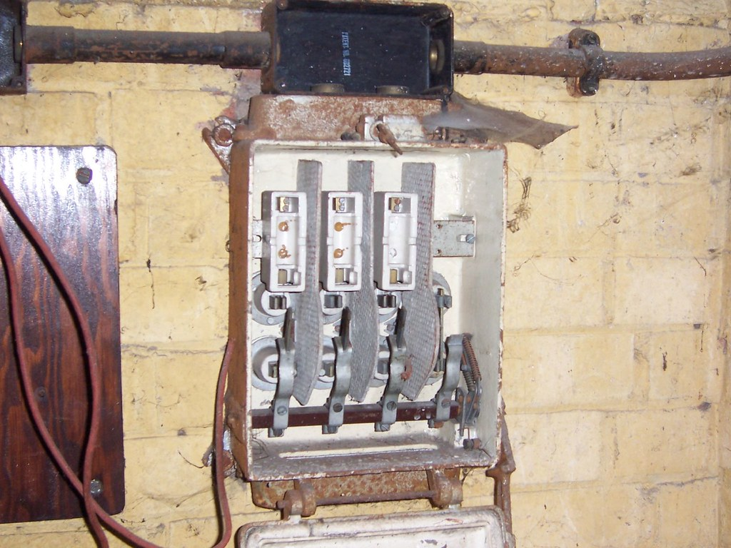 asbestos cement spacers in fuse box | sarflondondunc | flickr fuse box spacer  flickr