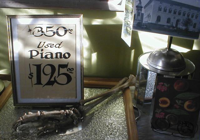 Used Piano $125 11-07