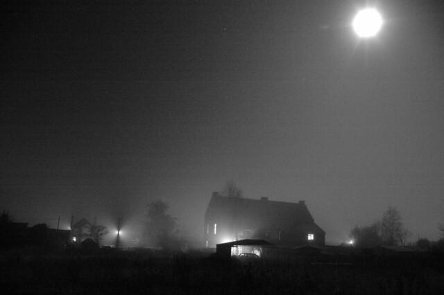imgp3720 - Misty Moon