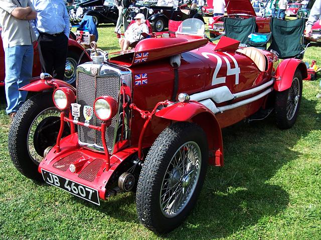 MG racer 1.jpg