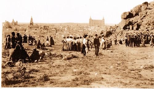 La romería del Valle hacia 1910. Fotografía de D. Pedro Román Martínez