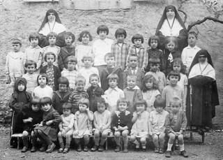 Ecole confessionnelle au couvent  d'Orgelet en 1931