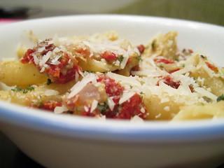 Sun-Dried Tomatoes & Artichoke Pasta | by shawnzrossi
