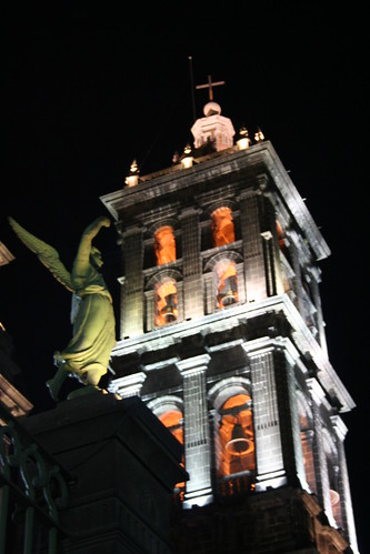 Angel y Catedral de Puebla