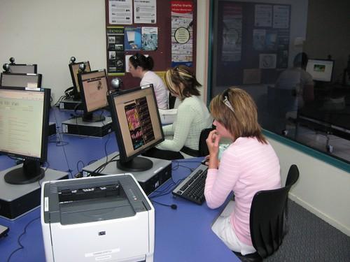 Public PCs in use, Dannevirke
