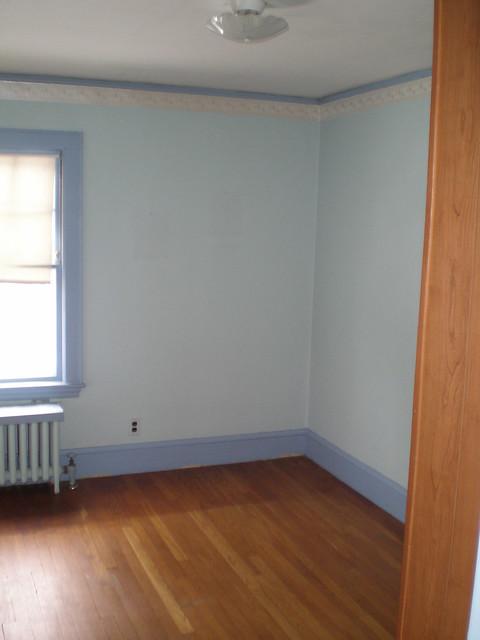 blue room - signing